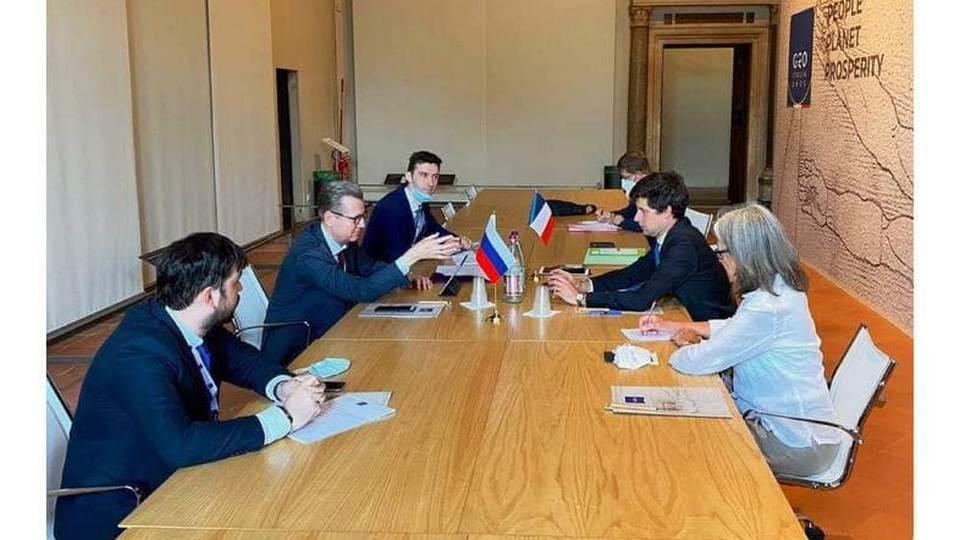 Россия и Франция достигли согласия в вопросе о шампанском