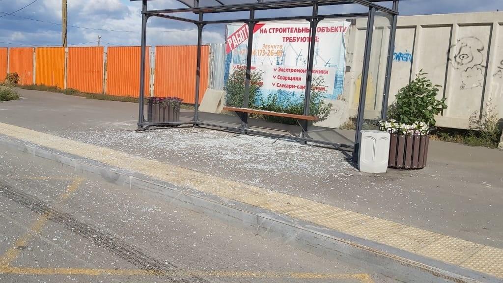 Подростки, разбившие остановку в Каменске-Уральском, пришли с повинной