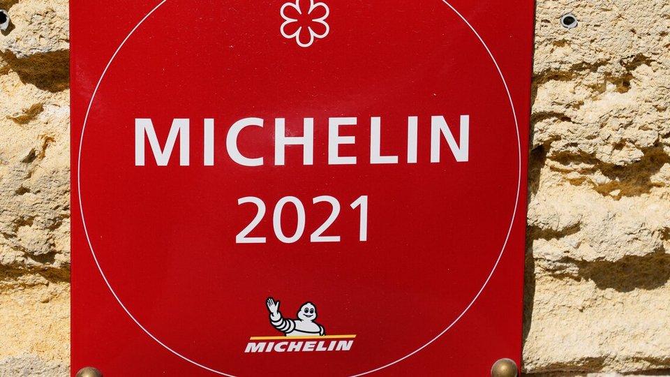 Девять ресторанов Москвы стали обладателями звезд Michelin