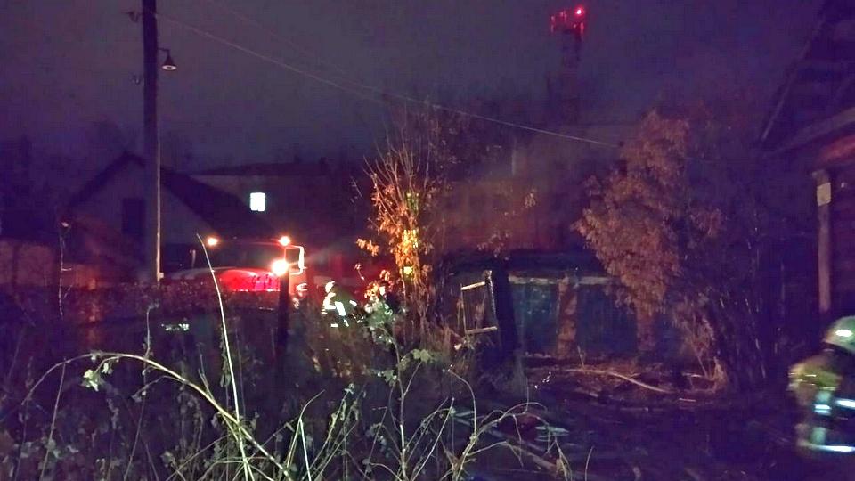 Четыре человека погибли при пожаре в Свердловской области